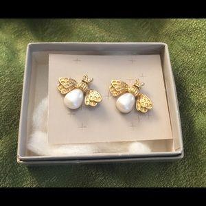 Vintage Avon Bumble Bee Earrings NIB!